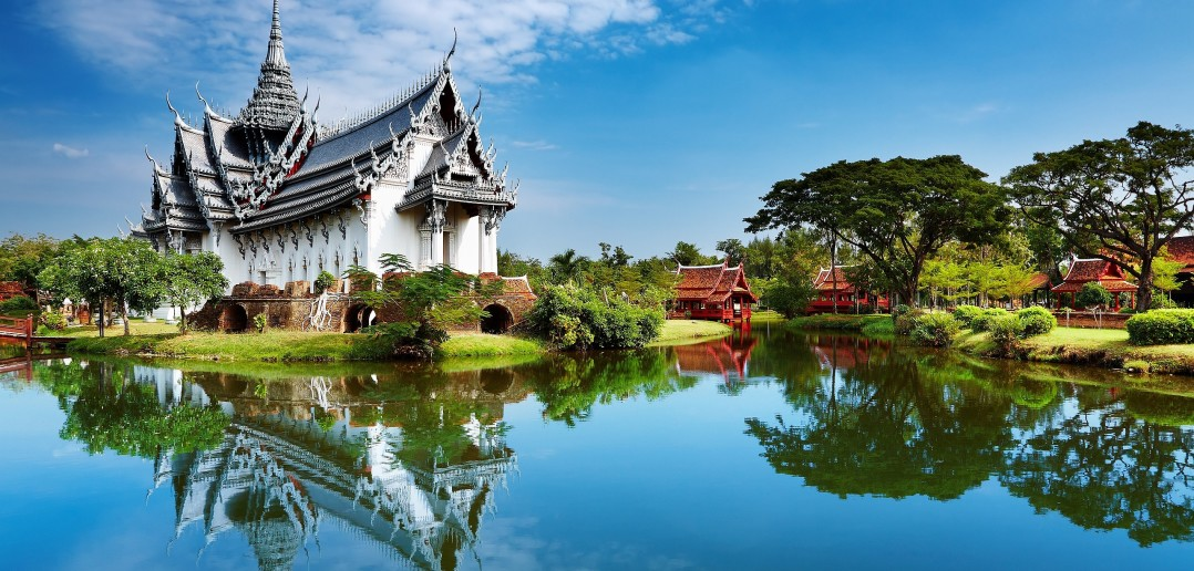 Top reasons to visit Thailand